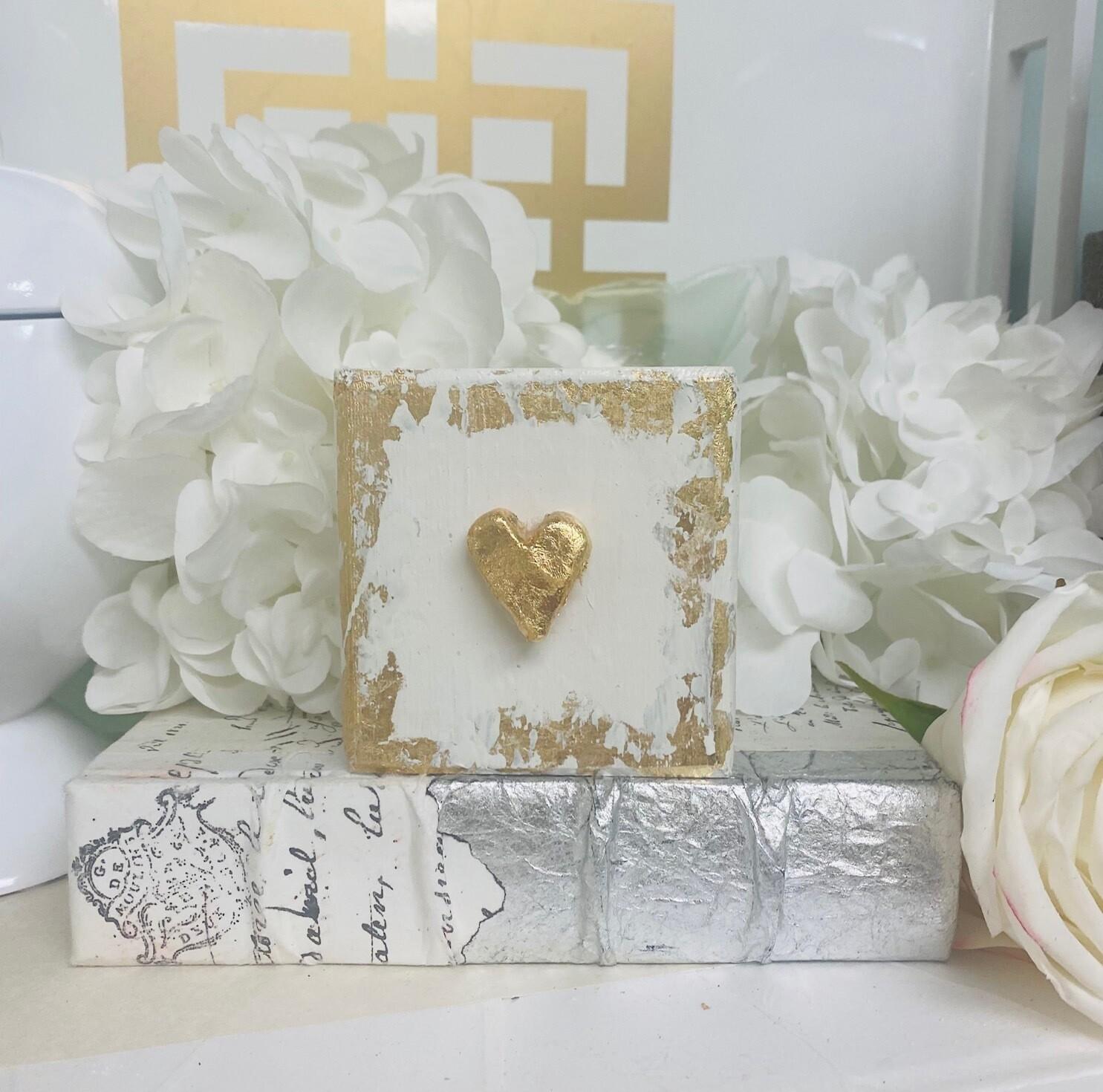 4x4 Wood Block Small Heart White