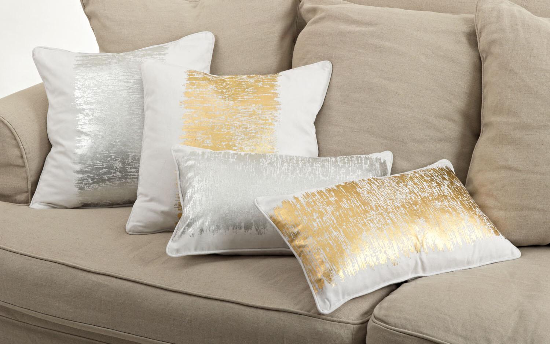 SS 700 12x20 Pillow Gold