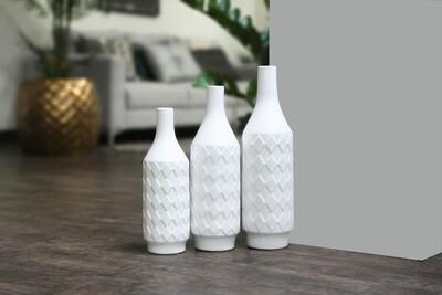UT White Pottery 21470
