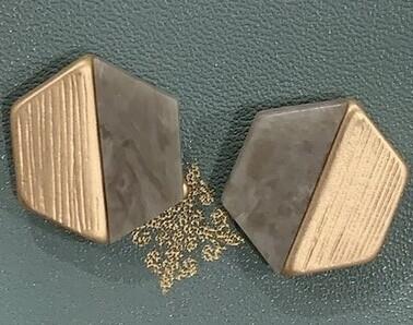 JM Earrings Grey/Gold Hex Studs