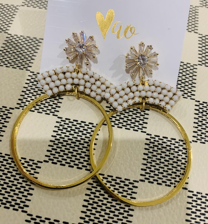 Love AO Earrings Diamond Flower White Bead