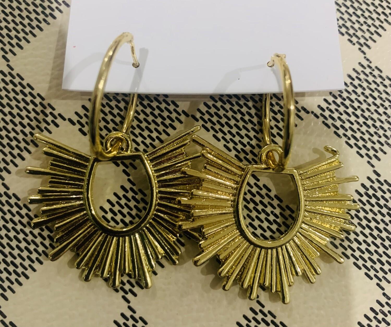 Love AO Earrings Sunburst Hoop