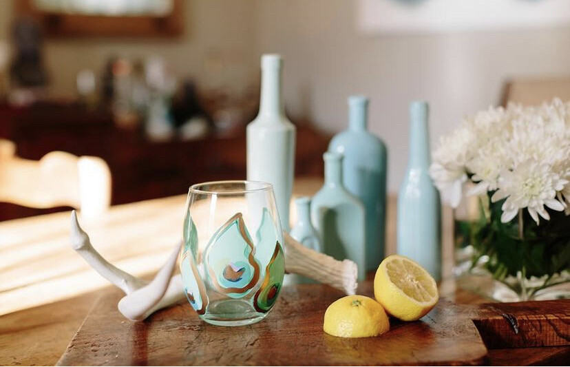 Oyster Stemless Wine Mini Shell Blue