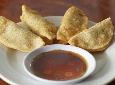 Fried Dumplings (FD) - 4pcs
