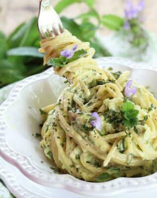 momento 本日の野菜パスタ(日替わりの野菜パスタです。動物性不使用。ヴィーガンです。)(金・土・月のみ配達可)