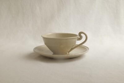 白泥灰釉ティーカップ&ソーサー