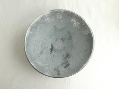 灰白 大鉢