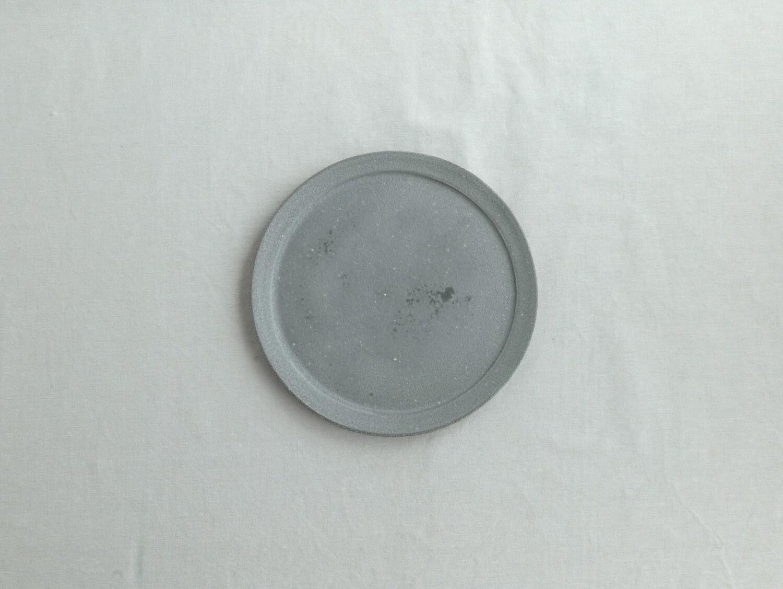 灰白 リム平皿