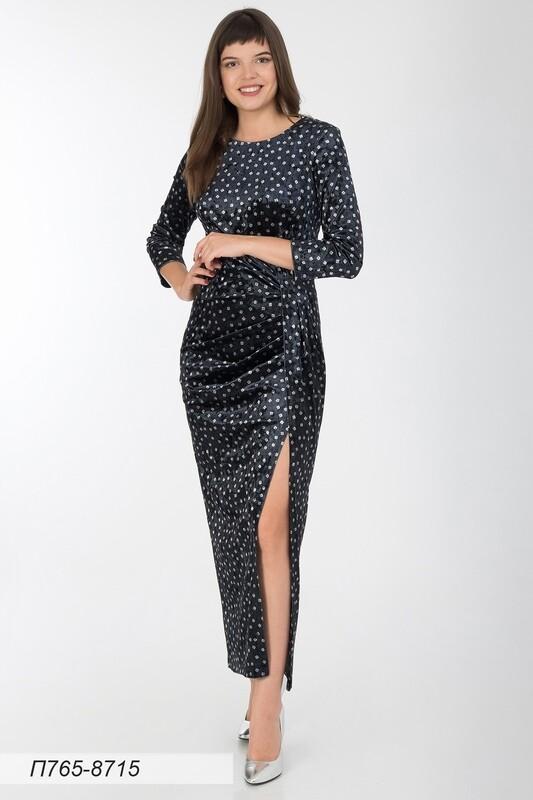 Платье 765 велюр чер-серебр квадратики