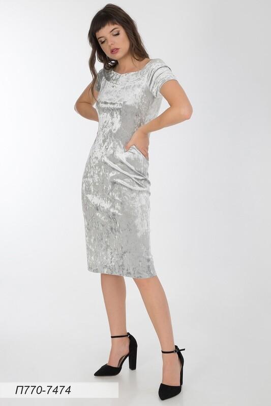 Платье 770 велюр серебристый