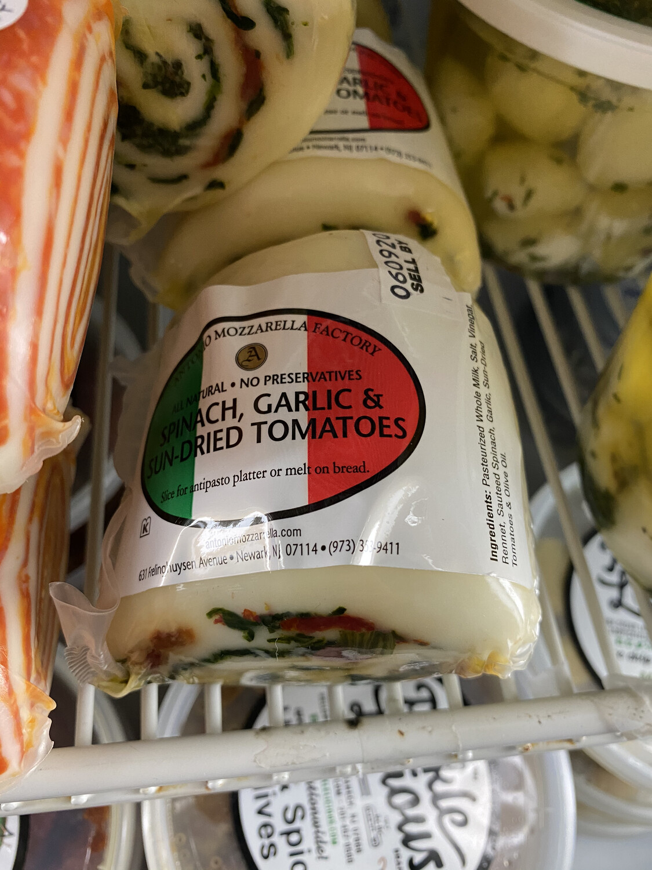 9 oz. Fresh Mozzarella, Spinach Garlic and Sun-dried Tomato Rollatini