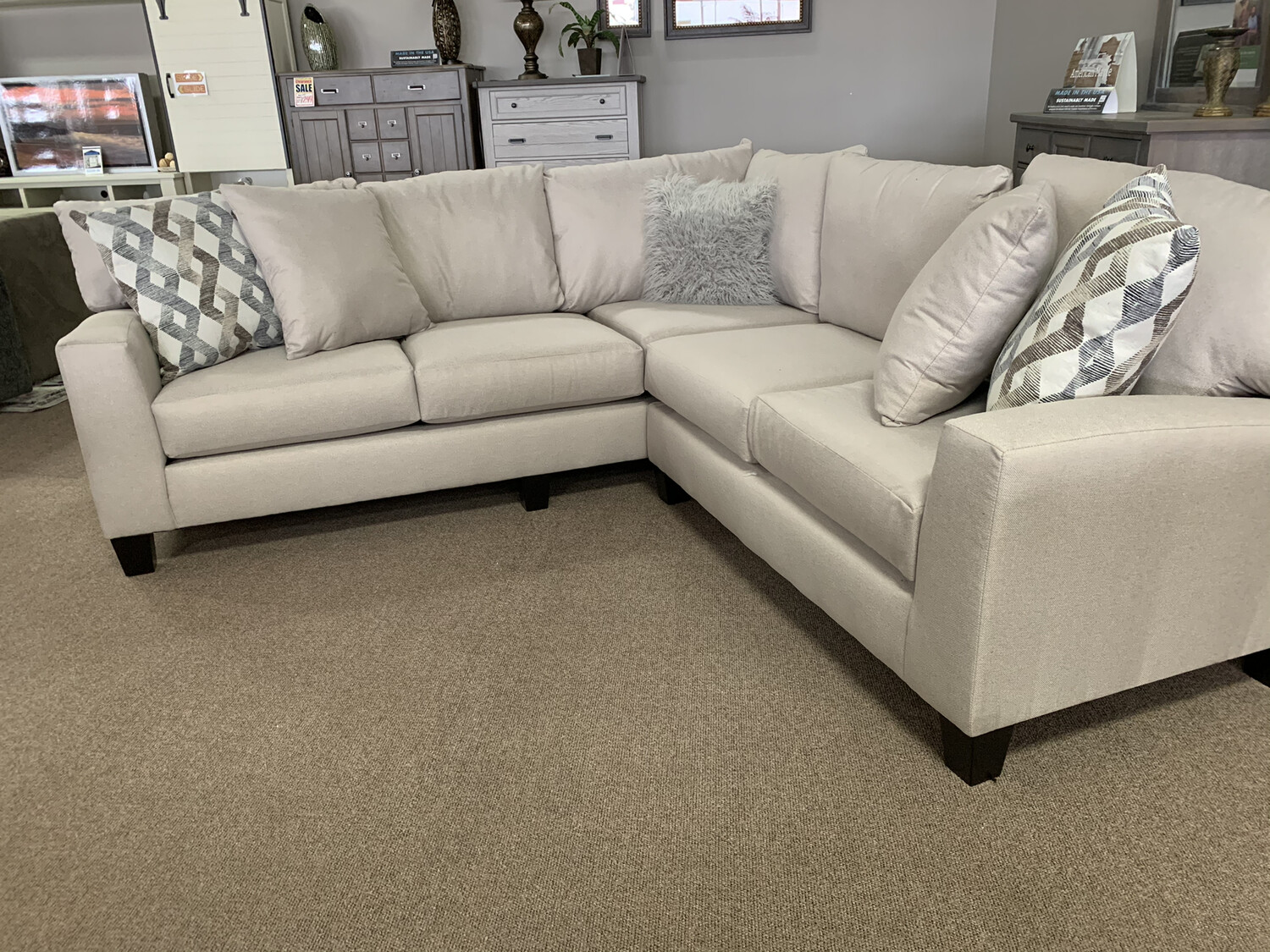 Victoria Sectional- Beige
