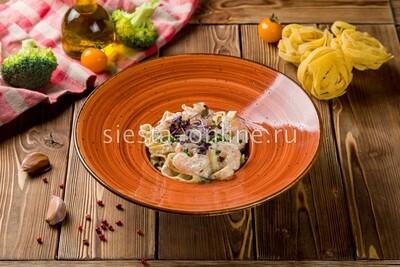 Трюфельные тальятелле с креветками в сливочном соусе