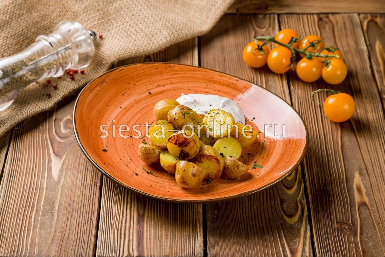 Картофель беби со сметаной