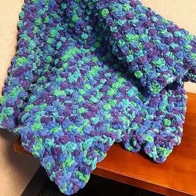 Quick Berry Stitch Crochet Blanket Pattern