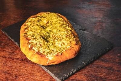 Корзина с фокаччо (с маслинами, с Пармезаном, с томатами)