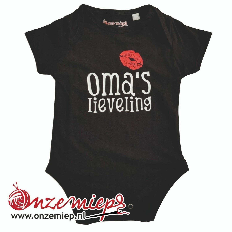 """Zwarte romper met """"Oma's lieveling"""" - 6 tot 12 maanden"""