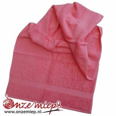 Handdoek met naam - indian red - 50 x 100 cm