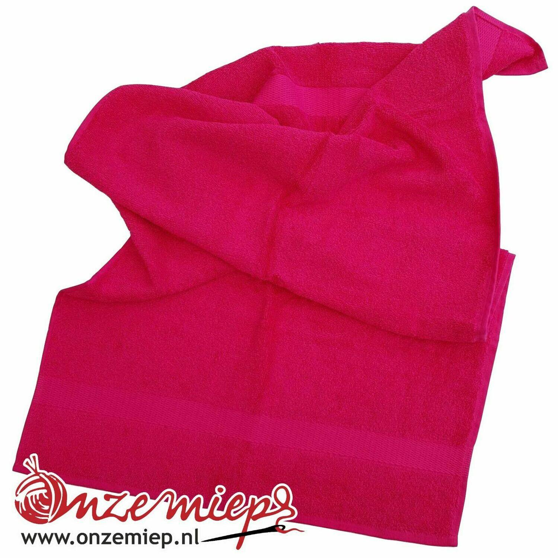 Handdoek met naam - fuchsia - 50 x 100 cm
