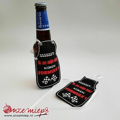 Zwart schortje voor bierfles met
