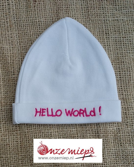 """Baby mutsje """"Hello world"""""""