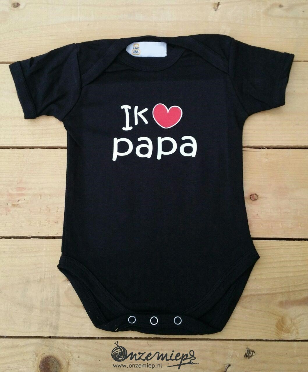 """Zwarte romper met: """"Ik hou van papa"""" - maat 62/68"""