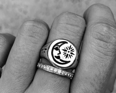 Stash La Luna Ring