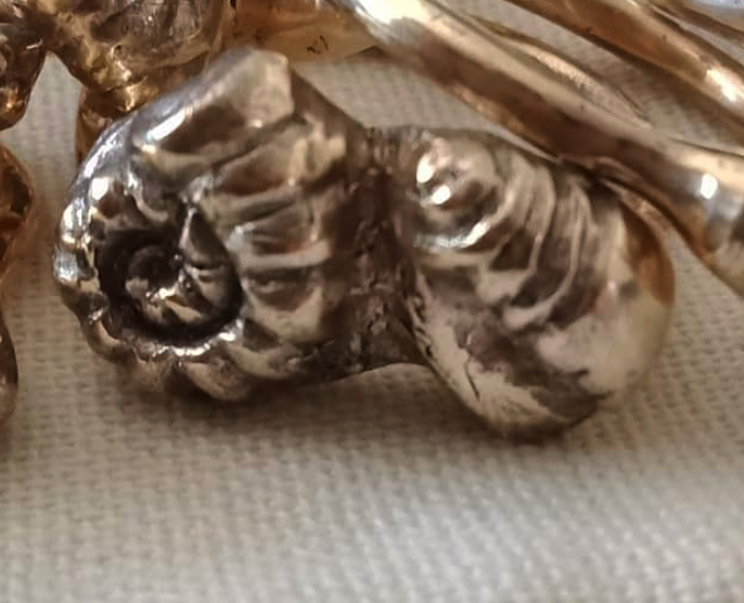 ROBYN HERITAGE FOSSIL DESIGN SHELL RING SIZE 10