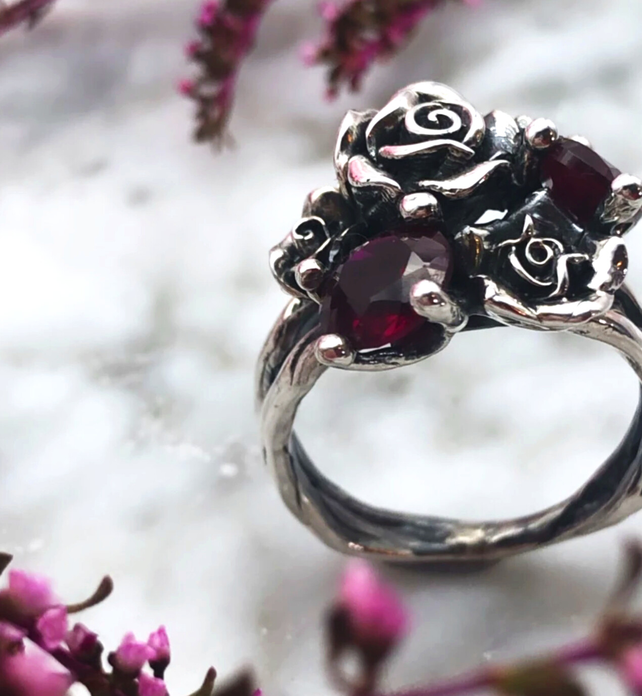 BLAC BRAIL RED BOUQUET RING - SIZE K