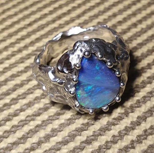 DER AKT Holo Opal Ring N 1/2