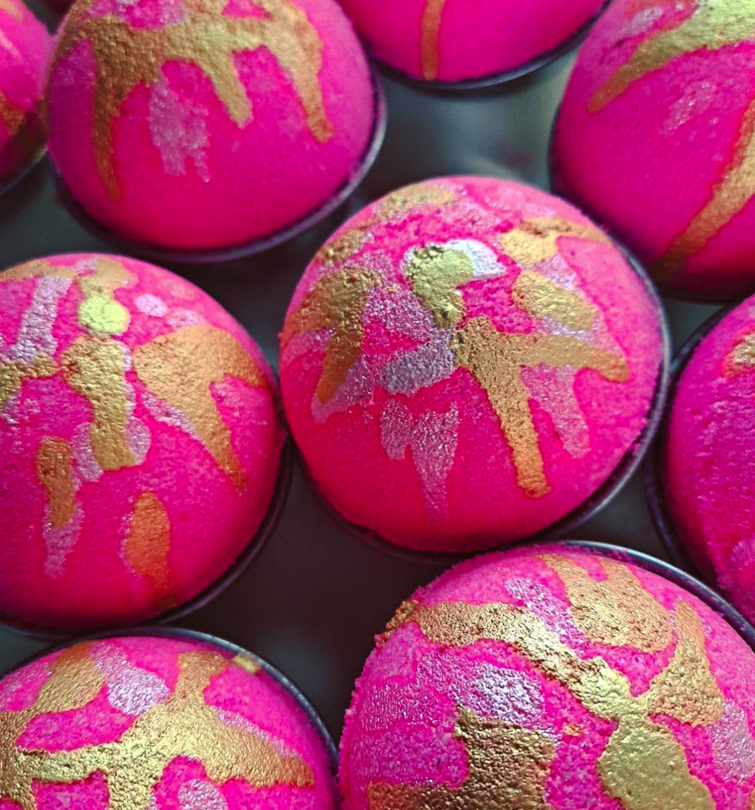 ANISOPTERA BATH BOMBS