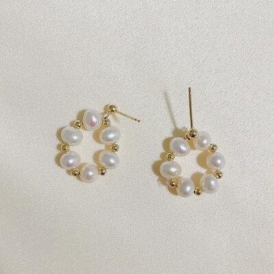 LUNE PEARLS