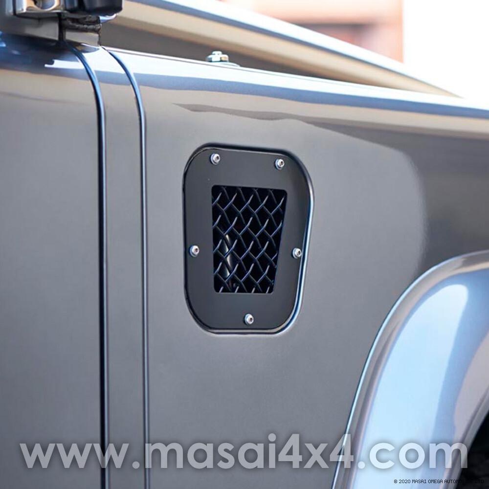 Intake Grille and Bonnet Vent Set - Defender 90/110 300TDI Onwards - Stainless Steel (Black/Silver)