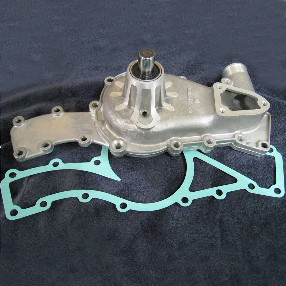 E-Type Jaguar Water Pump - Without Pulley - JLM10819W