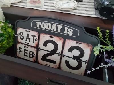 Metal Flip Perpetual Hanging/Desk Calendar