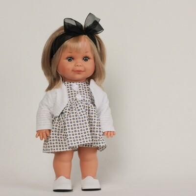 Бетти в белом наряде