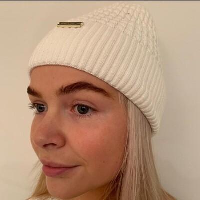 Bobless Winter White Fleece Lined Hat