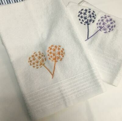 Toalla Export Manos Blanca Con Bordado Otoño Ramas De Algodon