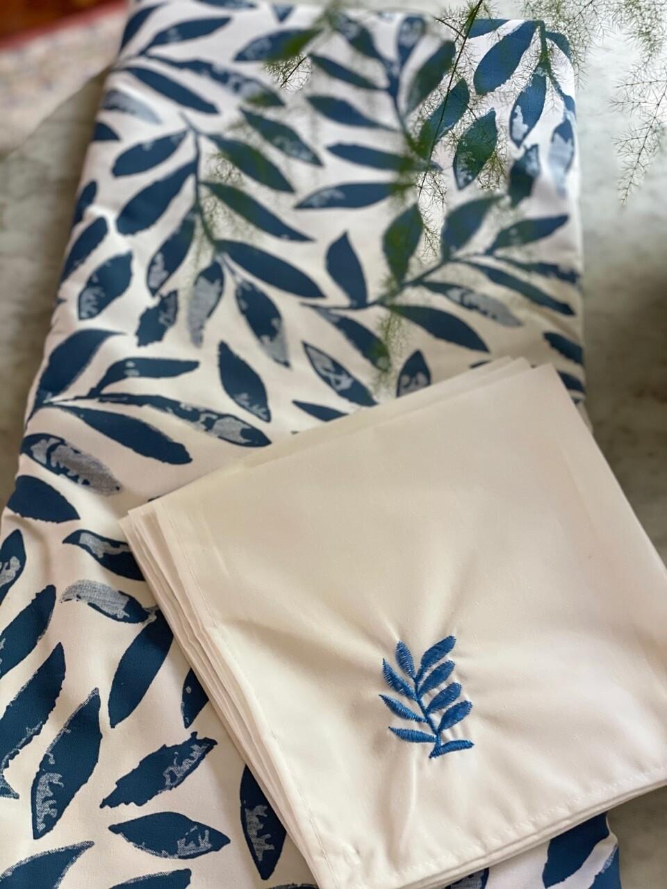 Mantel Rectangular Supratel Blanco Con Estampado Hojas Deep Water