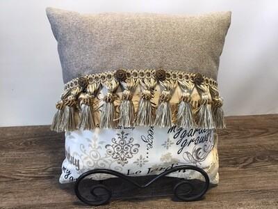 Le Jarden #1 Home Decor Pillow