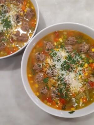 Mamma's minestrone soup w/ meatballs