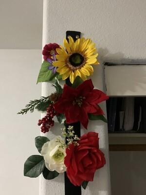 Custom Floral Clip