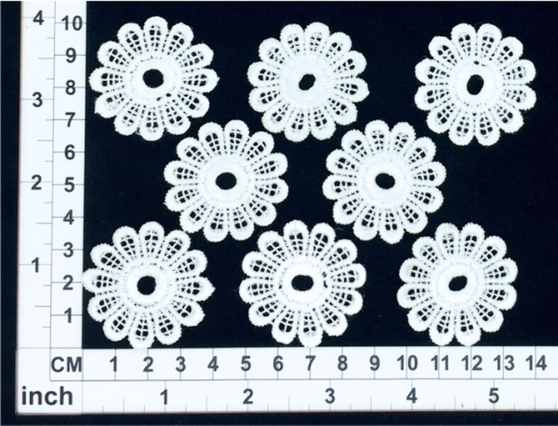 Scrapmatts Haberdashery LM015 - Lace Flowers White - 8 pack