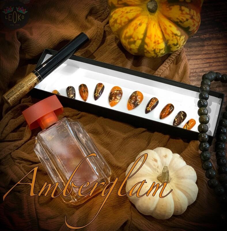 Amberglam press-on nail set