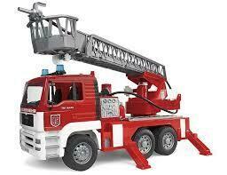 BRUDER; Man Fire Engine With Ladder Water Pump