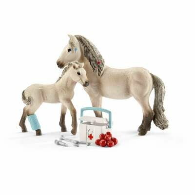 Schleich: Horse Club - First-aid Kit For Icelandic Horses