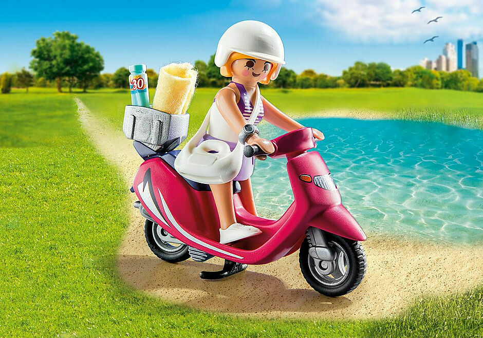 Playmobil: Beachgoer With Scooter