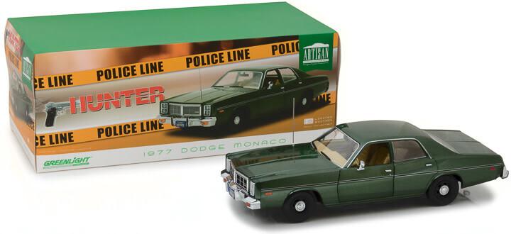 Greenlight; 1/18 Artisan Collection - Hunter (1984-91 TV Series) - 1977 Dodge Monaco