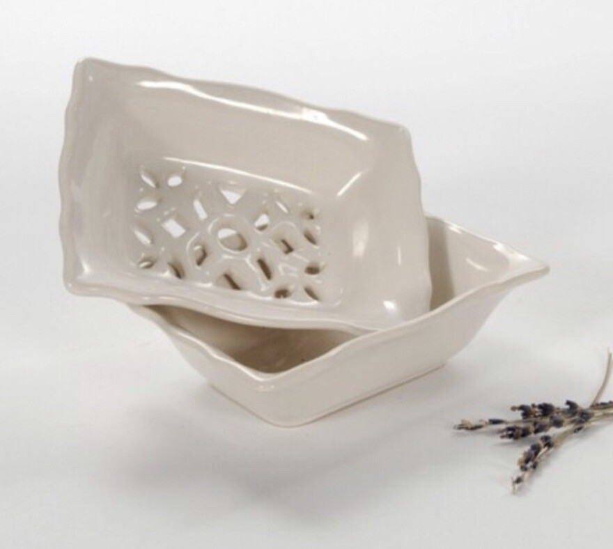 Branche D'Olive Ceramic Soap Dish - Medium