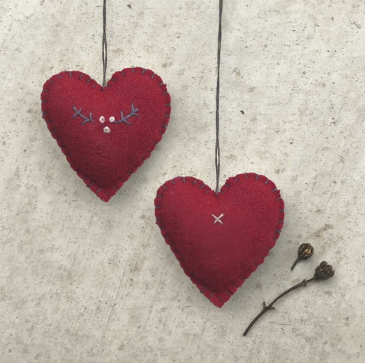 East of India Felt Hanging Embroidered Red Heart